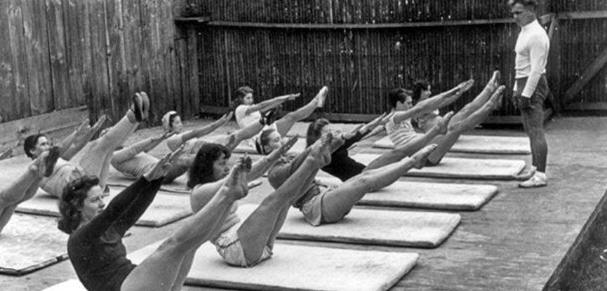mat pilates dersi